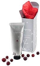 Парфюмерия и Козметика Скраб за лице с флорална киселина и екстракт от червена боровинка - Uoga Uoga Face Scrub