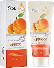 Парфюмерия и Козметика Пилинг-гел за лице с кайсия - Ekel Apricot Natural Clean Peeling Gel