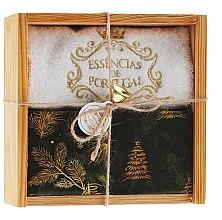"""Парфюмерия и Козметика Комплект """"Елхата на Рождество"""" - Essencias De Portugal Senses Wooden Box (сапун/2x200g + хавлиена кърпа)"""