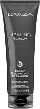 Парфюмерия и Козметика Почистващ продукт за скалпа - Lanza Healing Remedy Scalp Balancing Cleanser
