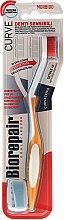 Парфюмерия и Козметика Четка за зъби, мека, оранжево-бяла - Biorepair Oral Care Pro