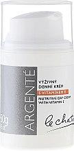 Парфюмерия и Козметика Подхранващ дневен крем с витамин Е - Le Chaton Argente Nourishing Day Cream with Vitamin E
