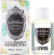 Парфюмерия и Козметика Вода за уста - Marvis Concentrate Strong Mint Mouthwash