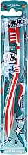 Парфюмерия и Козметика Детска четка за зъби, 9-12 год., червен цвят - Aquafresh Advance Soft