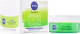 Парфюми, Парфюмерия, козметика Дневен крем за мигновена хидратация - Nivea Essentials Urban Skin Defense Day Cream SPF20