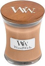 Парфюмерия и Козметика Ароматна свещ в чаша - WoodWick Golden Milk