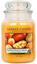 """Парфюми, Парфюмерия, козметика Ароматна свещ """"Манго-праскова салса"""" - Yankee Candle Mango Peach Salsa"""