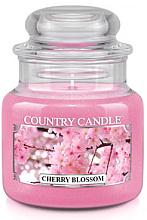 """Парфюмерия и Козметика Ароматна свещ в бурканче """"Цъфтяща вишна"""" - Country Candle Cherry Blossom"""