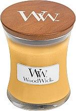 Парфюмерия и Козметика Ароматна свещ в бурканче - WoodWick Oat Flower Candle