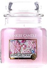 Парфюми, Парфюмерия, козметика Свещ в стъклено бурканче - Yankee Candle Snowflake Cookie