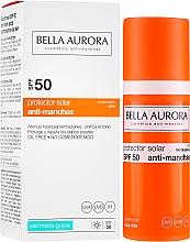 Парфюмерия и Козметика Слънцезащитен флуид за мазна кожа - Bella Aurora Sunscreen Gel Oily Skin SPF50+