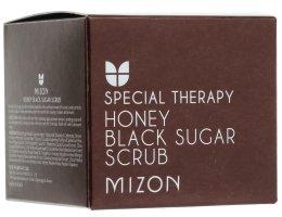 Парфюмерия и Козметика Скраб за лице с черна захар и мед - Mizon Honey Black Sugar Scrub