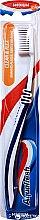 Парфюми, Парфюмерия, козметика Четка за зъби, средна твърдост, синя - Aquafresh Clean & Flex Medium