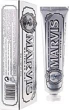 Парфюмерия и Козметика Избелваща паста за зъби с ксилитол - Marvis Whitening Mint + Xylitol