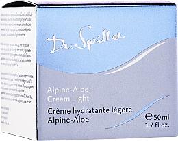 Парфюмерия и Козметика Лек крем за лице с екстракт от алпийско алое - Dr. Spiller Alpine-Aloe Cream Light