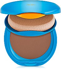 Парфюмерия и Козметика Слънцезащитен компактен фон дьо тен - Shiseido Sun Protection Compact Foundation