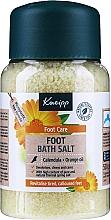"Парфюмерия и Козметика Солни кристали за крака ""Здрави крака"" с невен и портокал - Kneipp Healthy Feet Foot Bath Crystals"