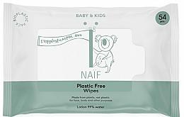 Парфюмерия и Козметика Мокри кърпички - Naif Wet Wipes 54St Plastic Free
