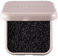 Парфюмерия и Козметика Гъба за сухо почистване на четки - Fenty Beauty Brush Cleaning Sponge