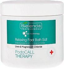Парфюмерия и Козметика Соли за крака - Bielenda PodoCall Therapy Relaxing Foot Bath Salt