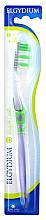 Парфюмерия и Козметика Четка за зъби, мека, зелена - Elgydium Inter-Active Soft Toothbrush