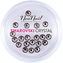 Парфюмерия и Козметика Кристали за маникюр - NeoNail Professional Swarovski Crystal SS10 (20 бр.)