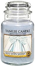 Парфюми, Парфюмерия, козметика Ароматна свещ в бурканче - Yankee Candle Blue Satin Sashes