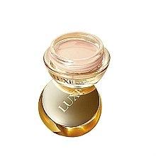 Парфюми, Парфюмерия, козметика Матираща мус основа за лице - Avon Luxe