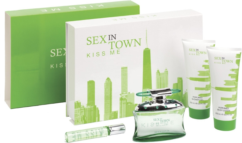 Concept V Design Sex In Town Kiss Me - Комплект (парф. вода/100ml + лосион за тяло/200ml + душ гел/200ml + парф. вода/20ml)