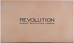 Палитра сенки за очи, 32 цвята - Makeup Revolution Ultra 32 Shade Palette Flawless 4 — снимка N3