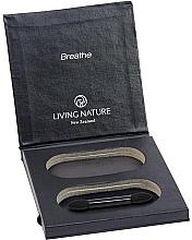 Парфюмерия и Козметика Празна палитра за сенки - Living Nature Eyeshadow Compact Case