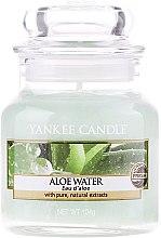 "Парфюми, Парфюмерия, козметика Ароматна свещ ""Вода с алое"" - Yankee Candle Aloe Water"