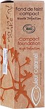 Парфюмерия и Козметика Стик фон дьо тен - Couleur Caramel Compact Foundation