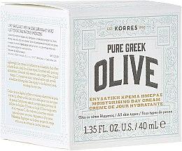 Парфюми, Парфюмерия, козметика Хидратиращ дневен крем с матиращ ефект - Korres Pure Greek Olive Day Cream