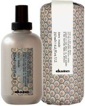 Парфюмерия и Козметика Спрей с морска сол за обемна на косата - Davines More Inside Sea Salt Spray