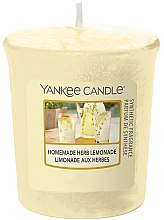 Парфюмерия и Козметика Ароматна свещ - Yankee Candle Votiv Homemade Herb Lemonade